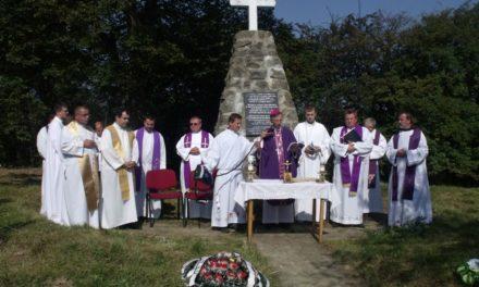 Commemorative Mass in the Uzhok Pass