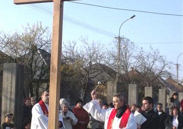 Blessing of Cross in Mukachevo's Barakktelep