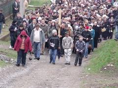 Chemin de croix en plain air à Korláthelmec