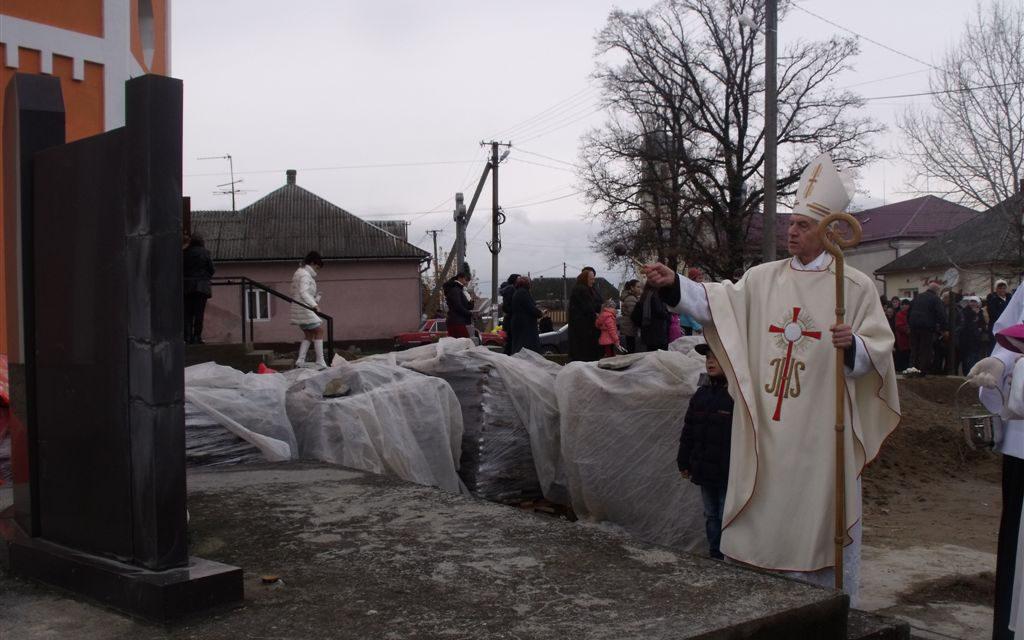 Tiszabökény a une nouvelle église catholique romaine