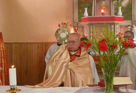 Templombúcsú és aranymise Kőrösmezőn