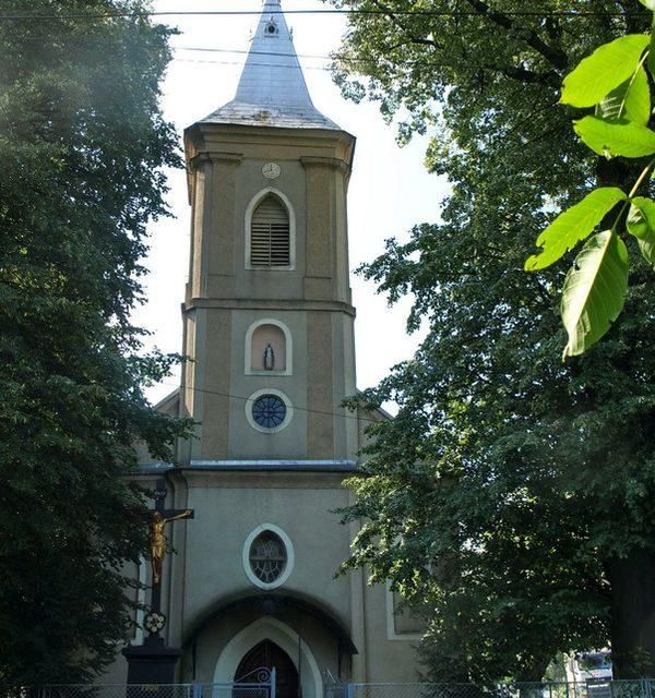 Munkács-Váralja. Szűz Mária szent neve templom