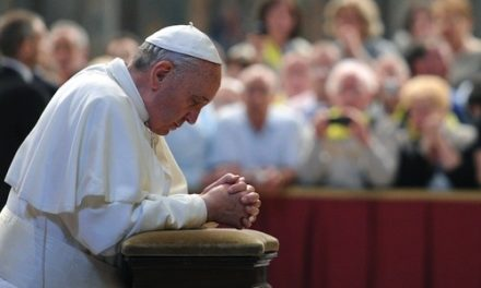 Ferenc pápa a megszenvedett örömről