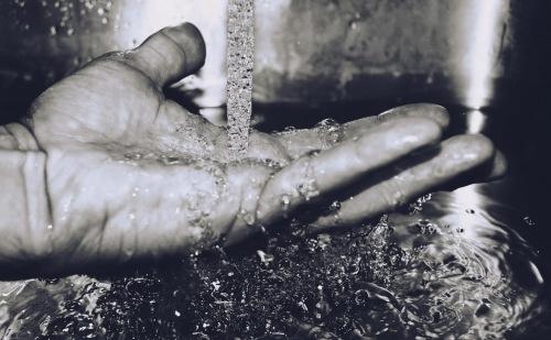 Pápai felhívás a teremtésvédelmi imanapra, szeptember 1-jére: Imádkozzunk a vízért!