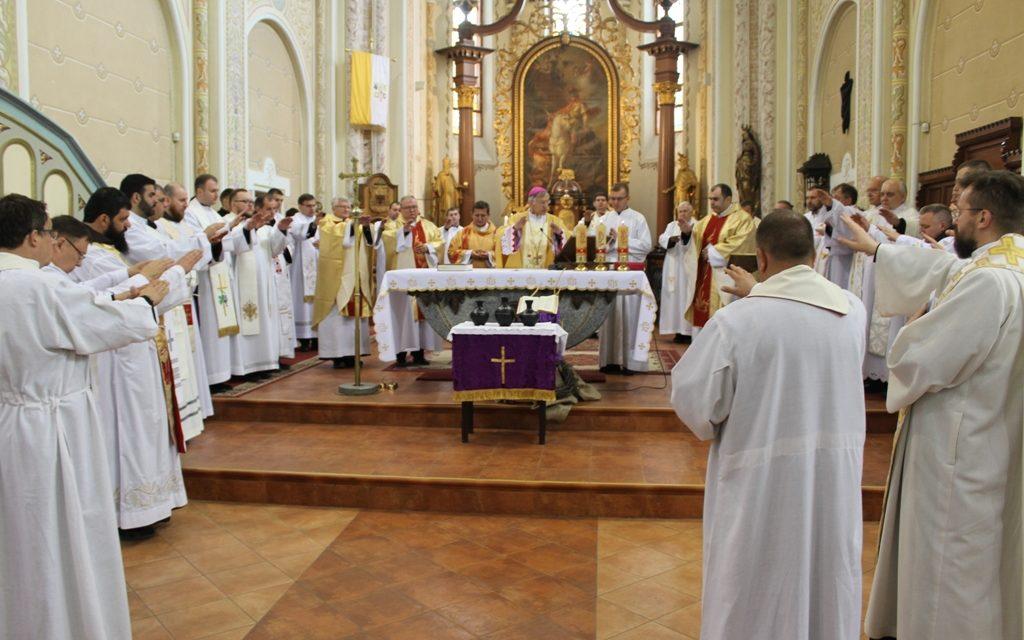 Olajszentelés és papi ígéretek megújítása