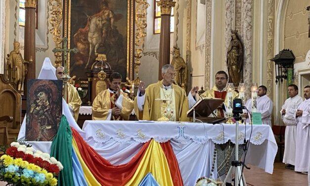 """""""Küldetéstek van!"""" – Az egyházmegyei szinódus megnyitása Munkácson"""