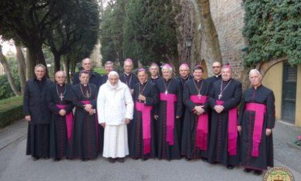 Бенедикт XVI зустрівся з українським єпископатом