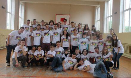 Молодь за об'єднаний світ