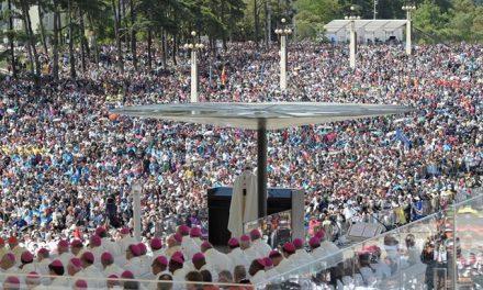 Папа: Марія явилася, аби пригадати нам про Боже Світло
