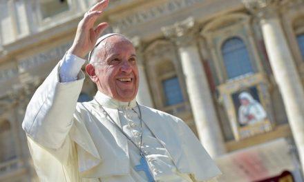 Папа: Як Мати Тереза, відкриваймо горизонти радості зневіреним