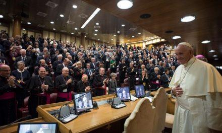 Папа: Союз між чоловіком та жінкою покликаний взяти відповідальність за світ