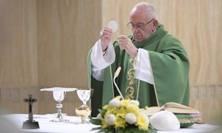 Папа: Втративши здатність відчувати себе любленими, все втрачаємо