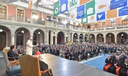 Папа: Університети повинні навчати граматику діалогу й зустрічі