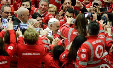 Папа до Червоного Хреста: Ви – пророки, здатні розбудити байдужий світ