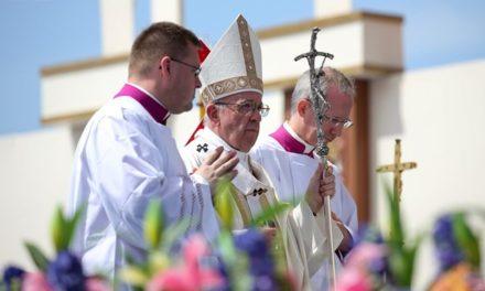 Папа: Не існує християнської радості там, де перед ближнім зачиняють двері