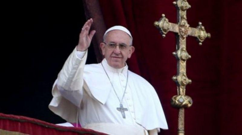 Українські телеканали транслюватимуть великодні богослужіння з Ватикану й Києва