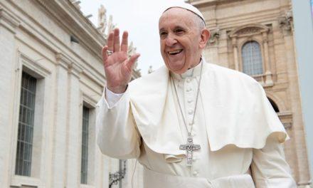 Іменини Папи: боротьба добра і зла, праця над реформами та морозиво для нужденних