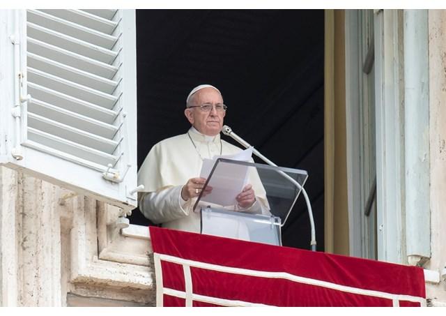 Папа: П'ятидесятниця – початок історії християнської святості