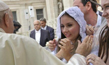 Папа: Ті, хто дав нам життя, завжди заслуговують на вдячність