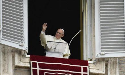 Папа: Церква повинна виявляти любов і милосердя, особливо до зранених сімей