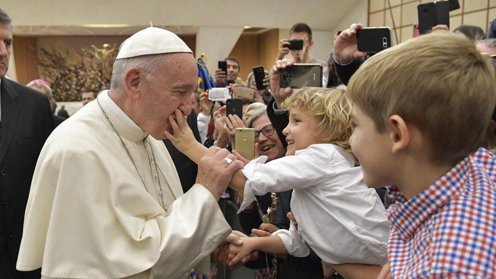 Папа: Вчімося молитися від Ісуса