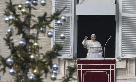 Папа: Христові учні покликані запалювати надію