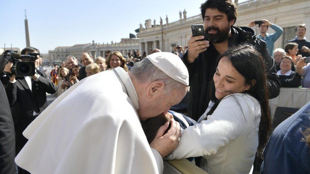 Папа: Боже царство поширюється лагідністю, а не насильством