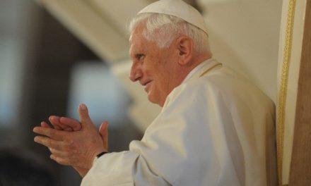 Вислуженому Папі Бенедиктові XVI виповнилося 92 роки