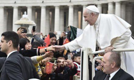 Папа: Служити надії означає зводити мости між цивілізаціями