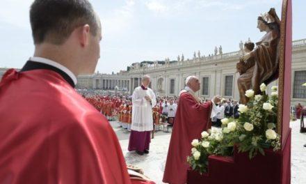 Папа: Нехай же Марія допоможе нам відкритися на дію Святого Духа