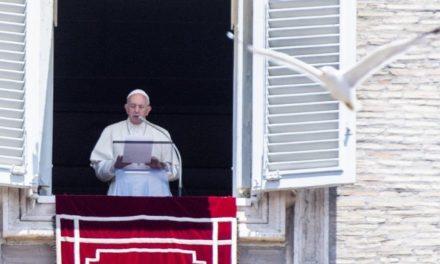Папа: Євхаристія – це синтез усього життя Ісуса Христа