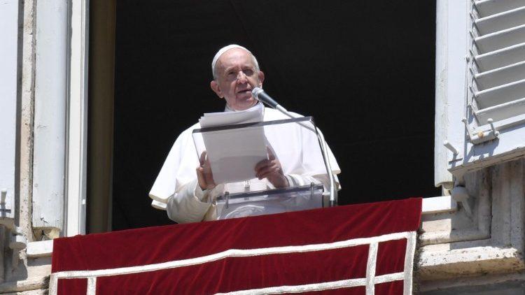 Папа: Внебовзяття Марії нагадує нам, що небо вже відчинене