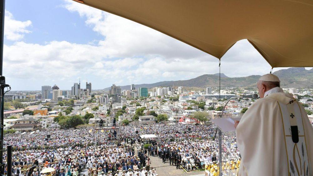 Папа: Лише радісні християни заохочують інших іти за Ісусом