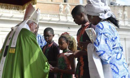 Папа: Християни не можуть бути байдужими до старих і нових форм бідності