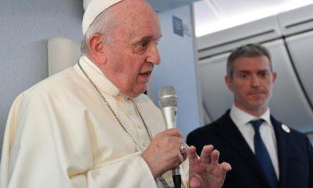 Папа про атомну зброю, ядерну енергетику й виклики для миру в світі