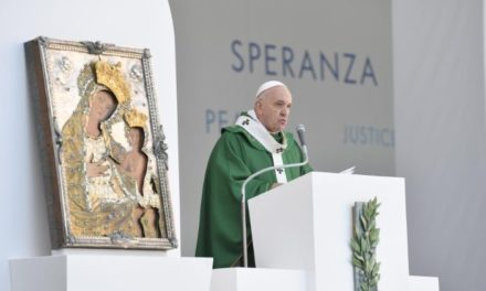 Папа Франциск: перемагати логіку протистояння та ненависті