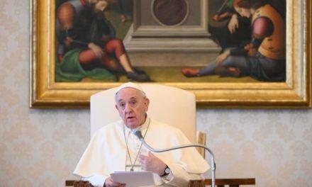 Папа: Ми не самотні у випробуваннях, довірмося Ісусові