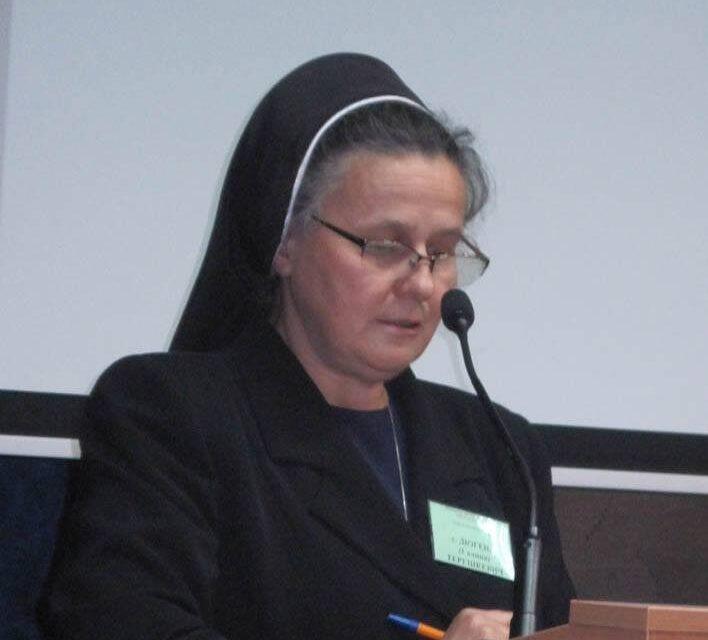 """Сестра Діогена Терашкевич: """"Біоетика вчить майбутніх лікарів цінувати гідність людини"""""""