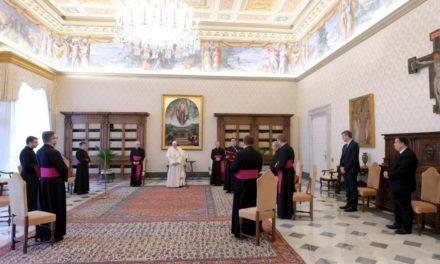 Папа розпочав цикл повчань про молитву: Людина – жебрак за Богом