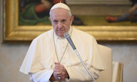 Папа закликав присвятити 14 травня молитві і постові в наміренні людства