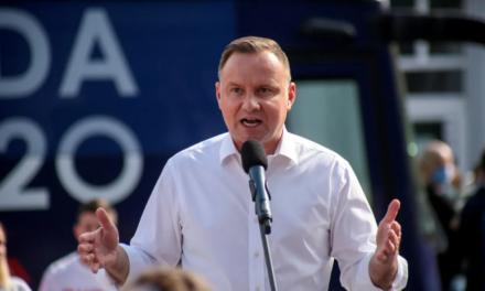 Польща повстала проти ЛГБТ-ідеології та хоче скасувати Стамбульську конвенцію, через наявність в ній гендерної розпусти