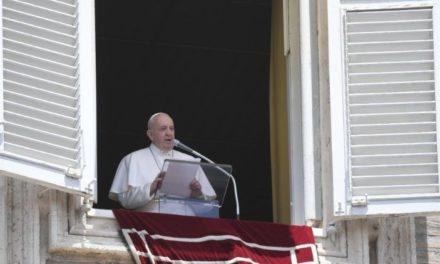 Папа: Ми запрошені наново захоплюватися красою й добротою Бога