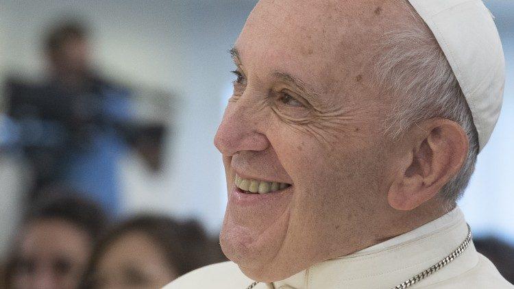 Папа: Християнинові без почуття гумору чогось не вистачає