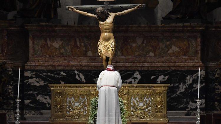 Папа: Розп'яття – велика книга Божої любові