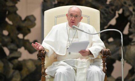 Папа: Коли життя здається даремним, Бог нагадує: «Ти моя люба дитина»
