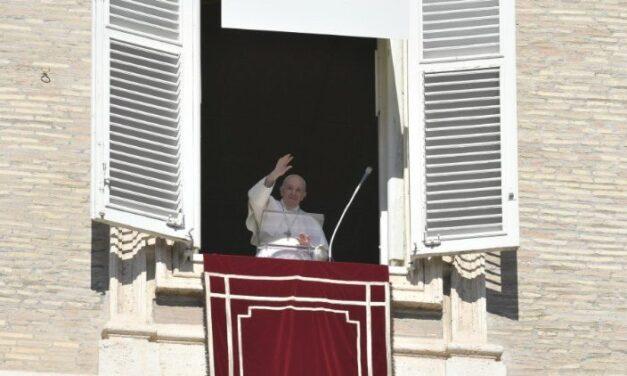 Папа: Місія християн – свідчити про Бога людям свого часу