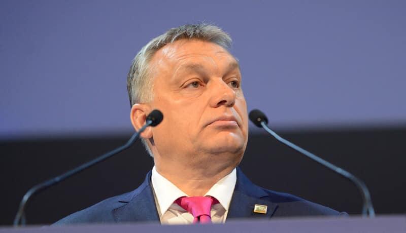Угорщина: Уряд пропонує зміни до конституції задля захисту шлюбу, сім'ї та дітей