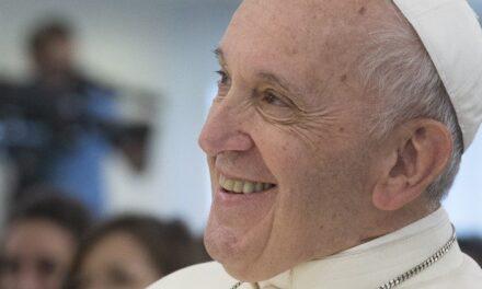 Папі Францискові 84 роки. Від нього – подарунок дітям Венесуели