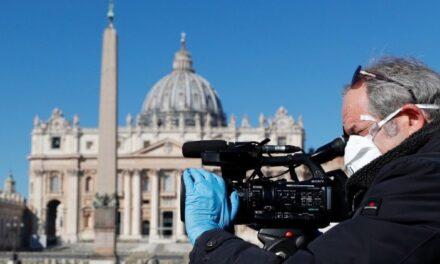Папа: Якісна комунікація вимагає стертих підошв