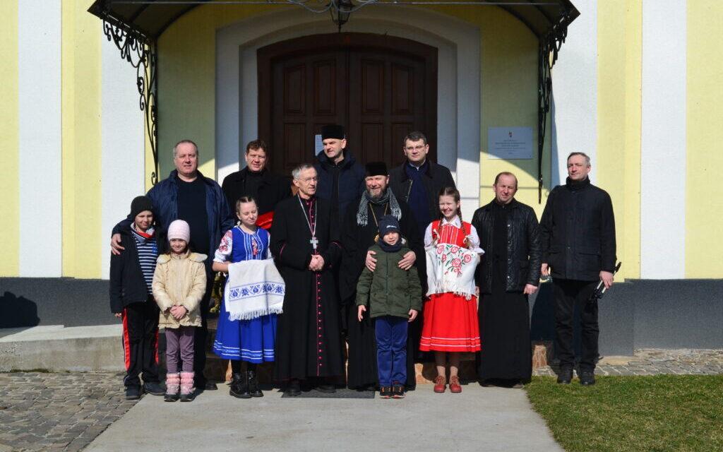 Висадка нового лісу за участю єпископів